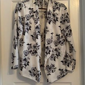 Jackets & Blazers - Silky light floral cardigan